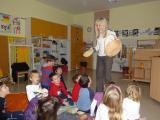 1. srečanje: otroci spoznavajo rokodelske izdelke z Veroniko Zupanc